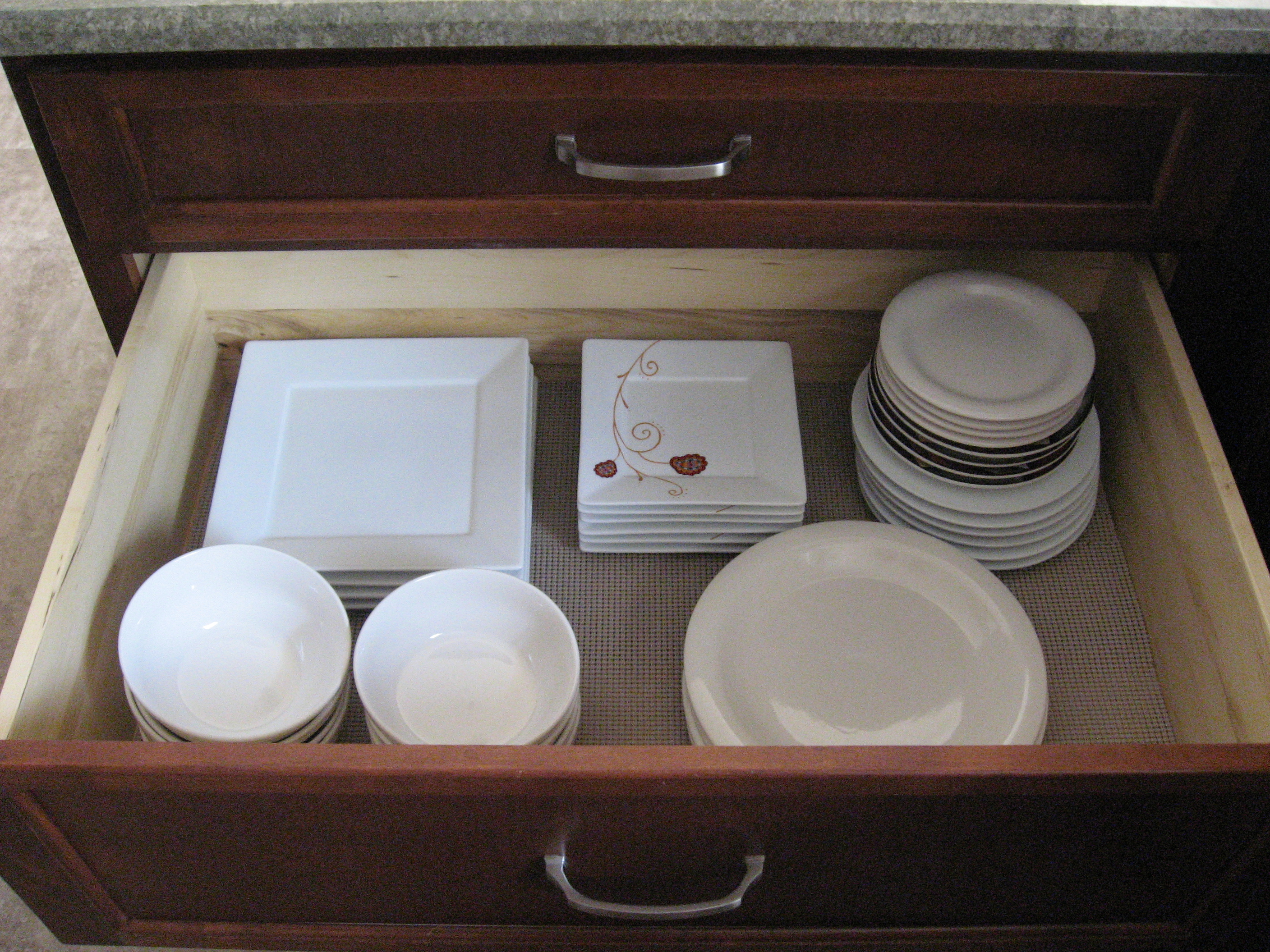 Kitchen Drawer Dinnerware Organization