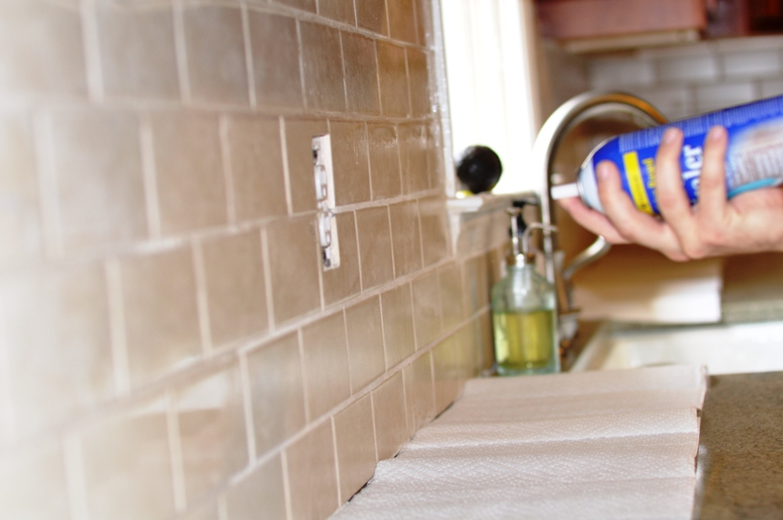 How to use grout sealer